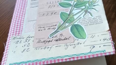 Wie man altem Papier neues Leben einhaucht - ein Experiment gegen Papierverschwendung-{c_qs_statement_image_title_plain}